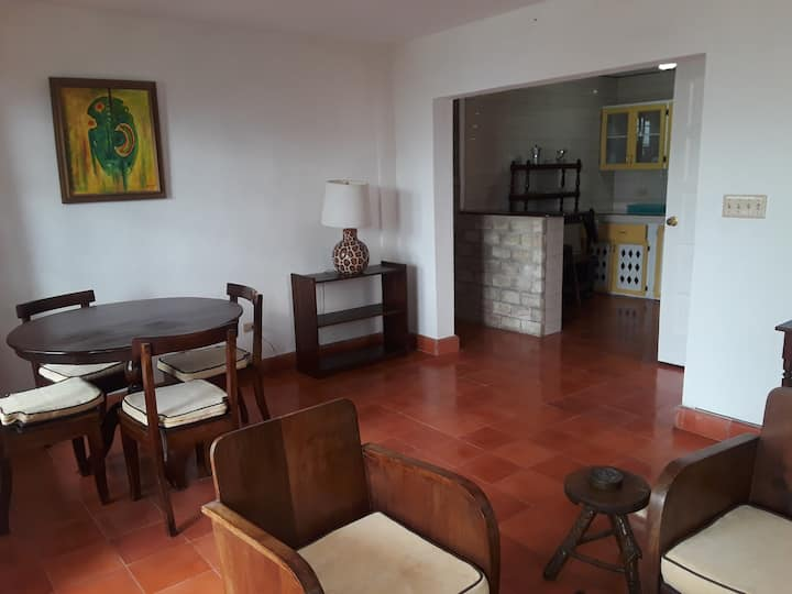 Fully furnished 1 bedroom in Montagne Noire