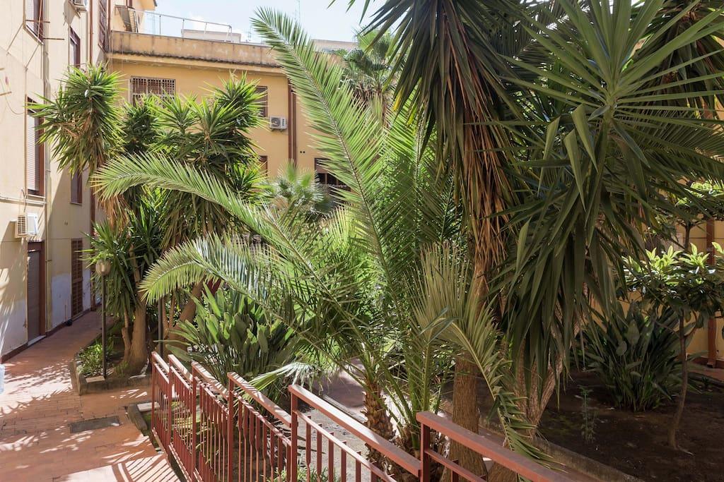Monolocale catania la maison de flo appartements louer for Monolocale catania