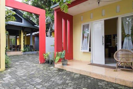 Borobudur Guest House - Borobudur