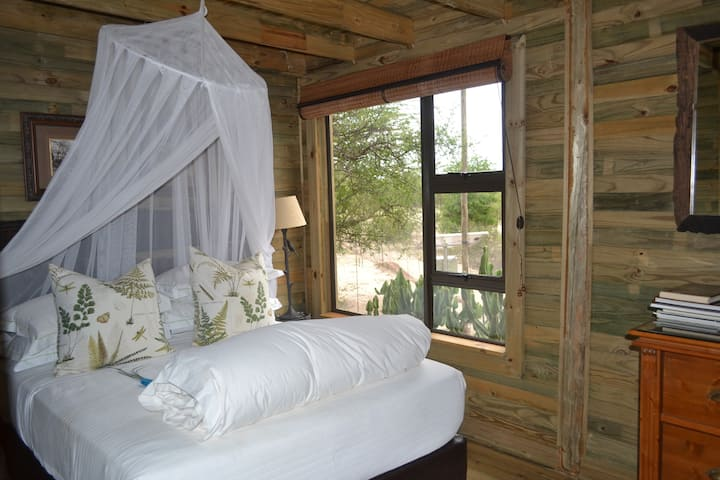 3 Bedroom Tree House on a wildlife sanctuary