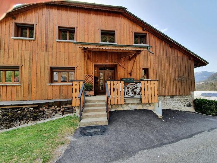 Appartement dans ferme rénovée à Mieussy