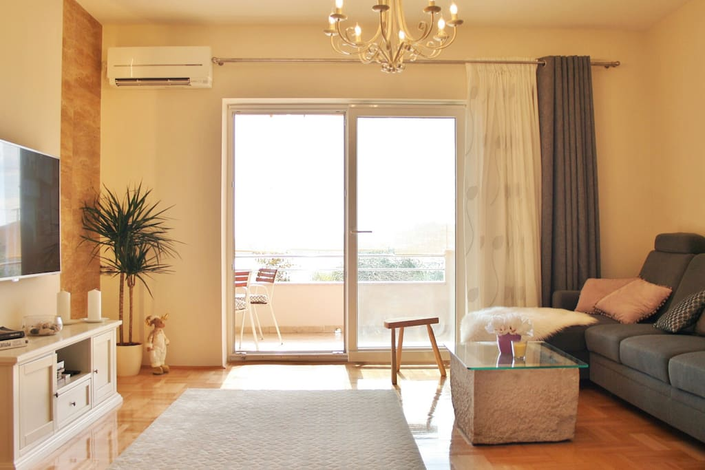 Book our apartment and get a holiday home!