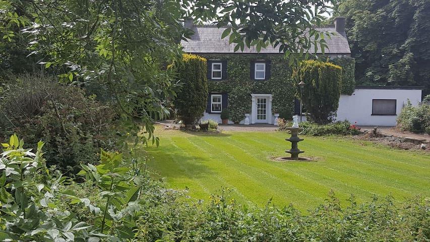 Ivy House.