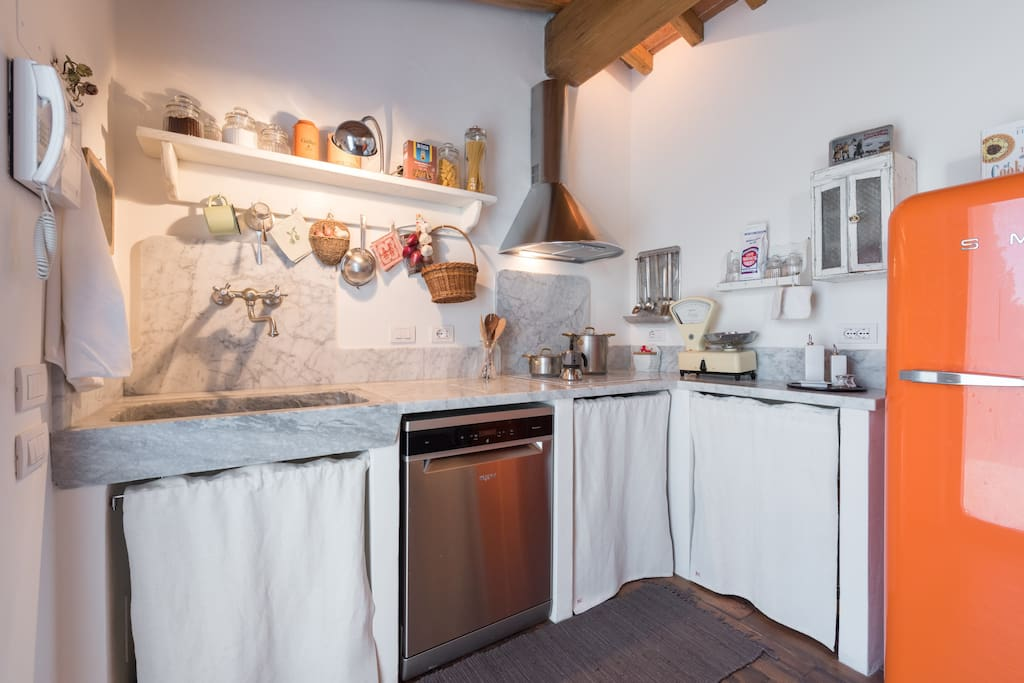 the marble kitchen