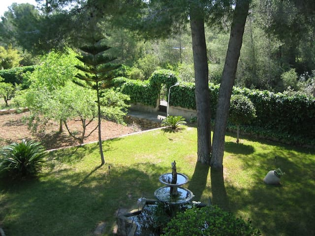 Beautiful rural property close to Valencia