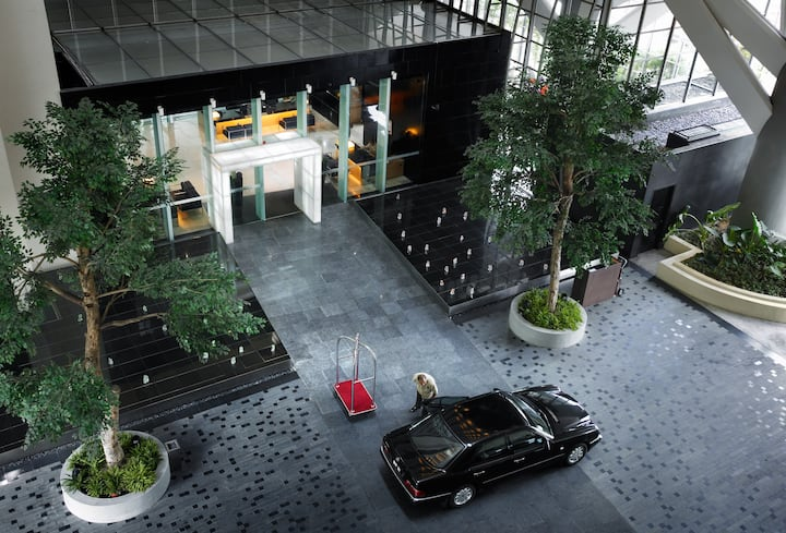 Deluxe Suite (4pax) · 5分钟步行到双子塔  5 mins walks to KLCC  | Private Room
