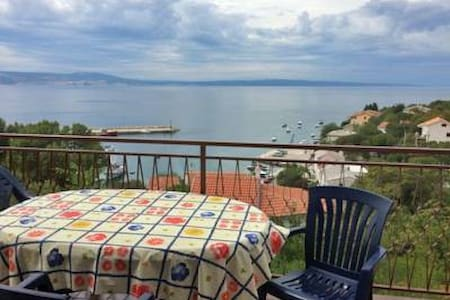 Big apartment with sea view - Klenovica - Lägenhet