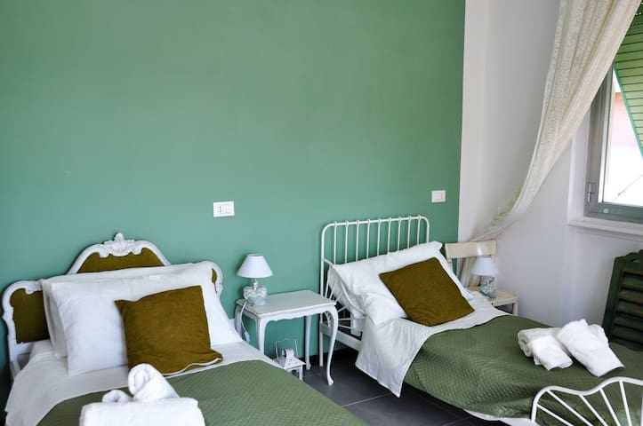 Camera doppia nel cuore di Savona, Green Room - Savona - Wohnung