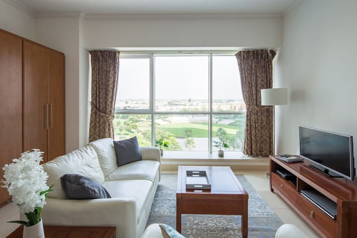 Spacious and Comfy Studio in heart of JLT!