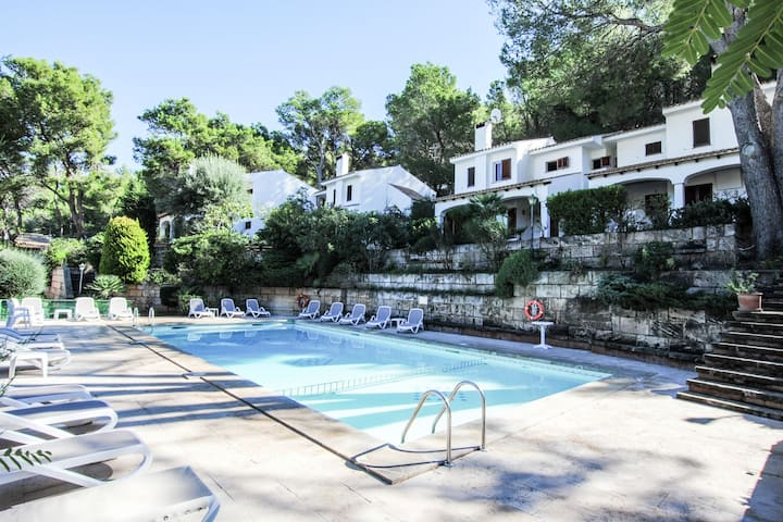 Secluded holiday Home in Cala Sant Vicenç Beaches with Pool