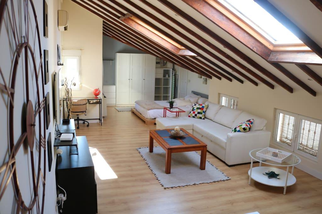Tico apartamento en sol plaza mayor loft in affitto a madrid comunidad de madrid spagna - Apartamentos en sol madrid ...