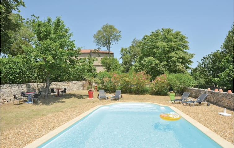Stunning home in Barjac with Outdoor swimming pool, WiFi and Outdoor swimming pool