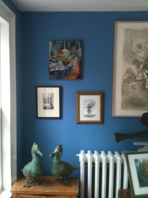House filled with local art, antiques, & Americana.