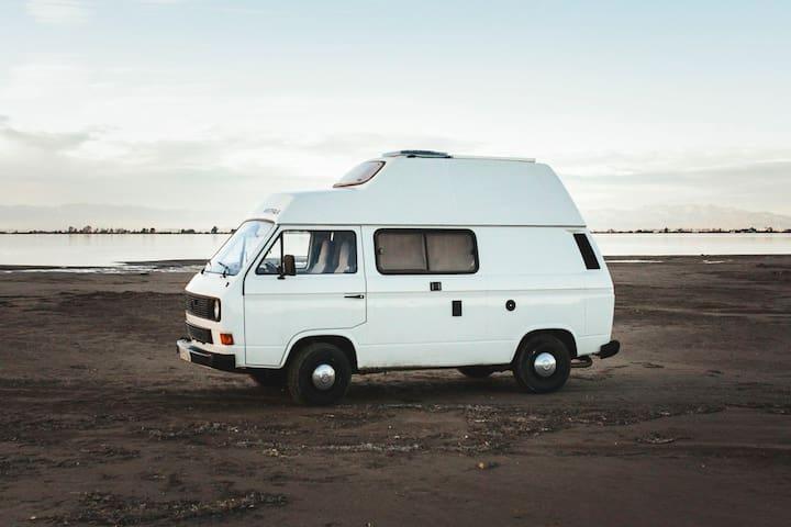 Wonderful Vintage Camper Van