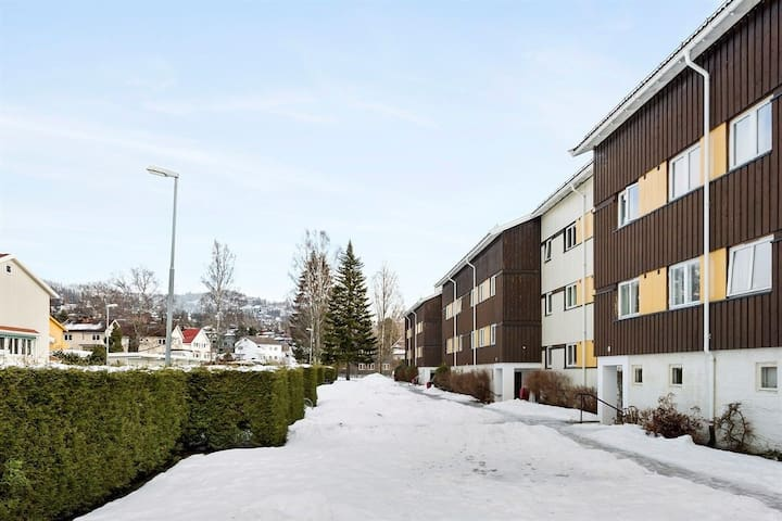 Røa, 2 bedrooms near lake, easy access to the city