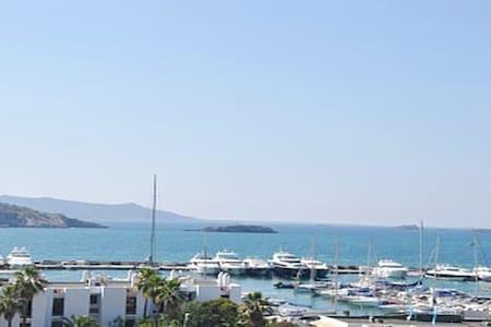 Spectacular apartment near port and Pacha - Eivissa - Bed & Breakfast