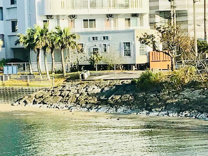 ☆人気のアラハビーチ目の前、American Village近く、アメリカントレーラーハウス