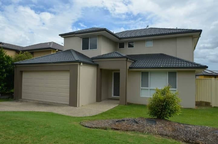 Gold Coast- Arundel Best Eco accommodation