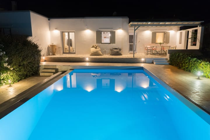 Antiparos Village House (with Private Pool)