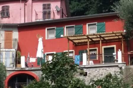 Ferienhaus mit Meerblick Casa Rossa - Piano di Madrignano