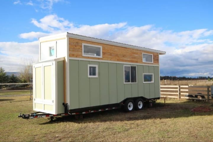 Tiny House on Horse Ranch with Mountain Views