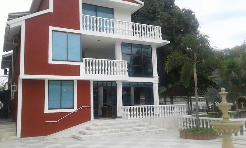 Casa Quinta Apulo