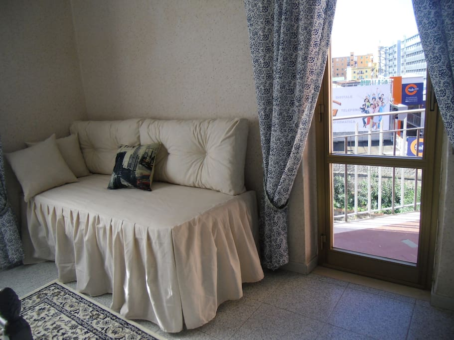 gio bedroom