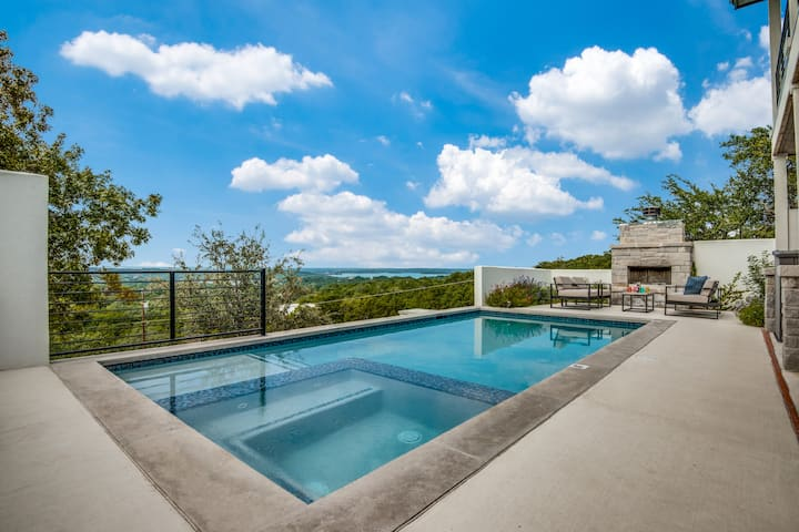 Relax in this Hillside Home with Canyon Lake Views
