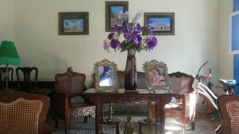 Habitación  2, Hostal Colonial  Yunai