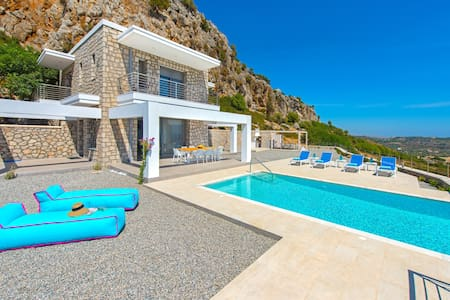 New luxury seaview villa Rhodos - Panormitis