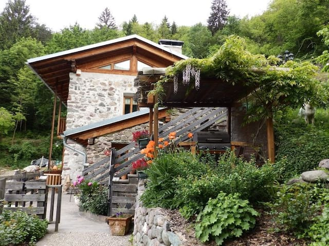 Charming Apartment Maso La Marianna with Mountain View, Wi-Fi & Garden; Parking Available; Pets Allowed