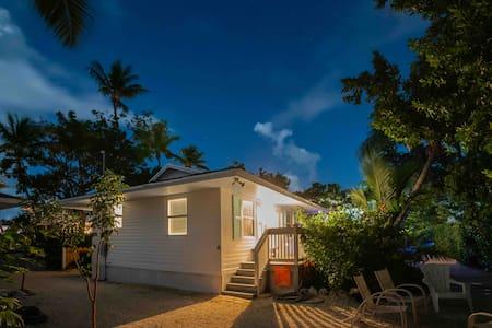 The Island Dog Conch House 2 Bedoom Islamorada FL