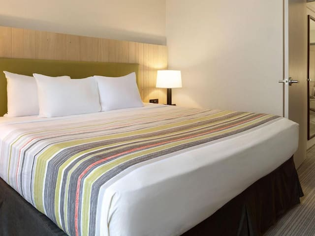 ❤✈☺ Tidy Suite Double Bed Non Smoking At Downtown ❤✈☺