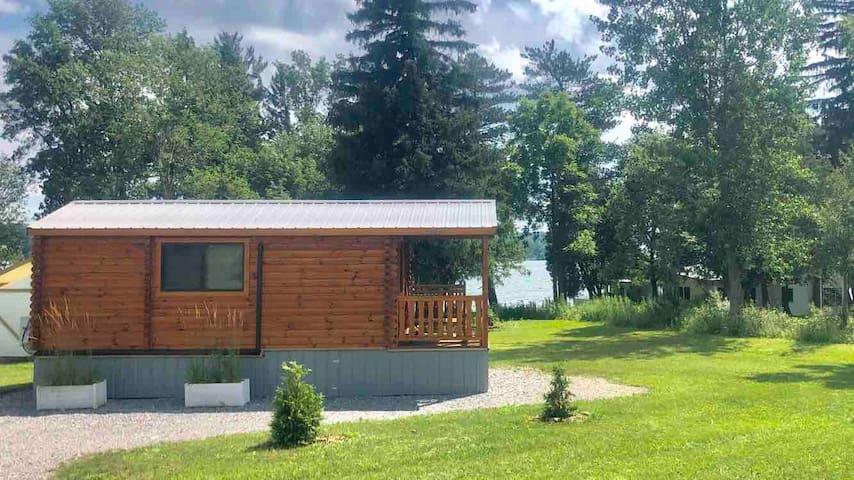 Log Cabin @ The Silverlaken Estate
