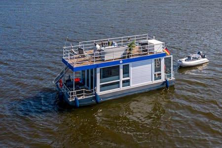 Hochwertiges Hausboot - führerscheinfrei