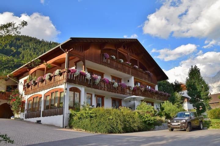 Top Appartment im Haus Goldeck Lermoos