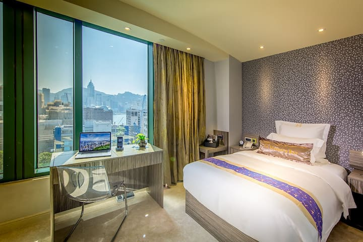 20% off SUPERIOR SINGLE ROOM (City View)