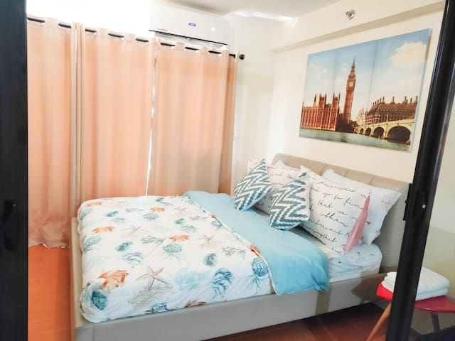 1BD Condo at One Oasis, WIFI,Pool & cable