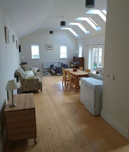 Large 2 bedroom property in Norfolk - Whissonsett - Ház