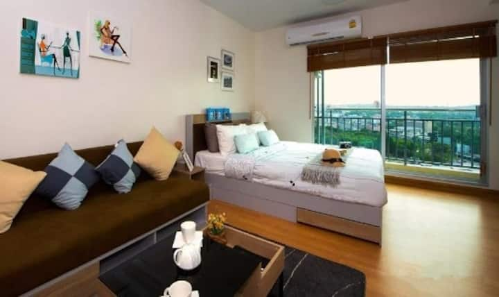 V One bedroom in Pattaya,1.5 km from the beach