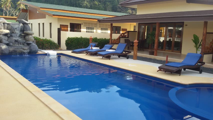 Villa 2 bedroom with  pool and private jacuzzi
