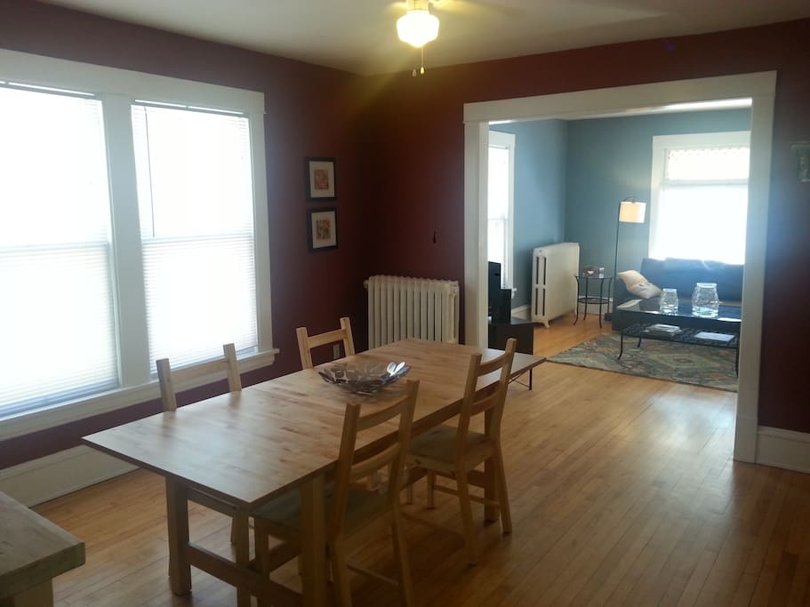 2nd Floor 2 Bedroom On The Light Rail Apartments For Rent In Minneapolis Minnesota United States