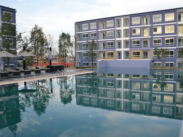 Beautiful new 30 sqm  apartment - Bangkok - Flat