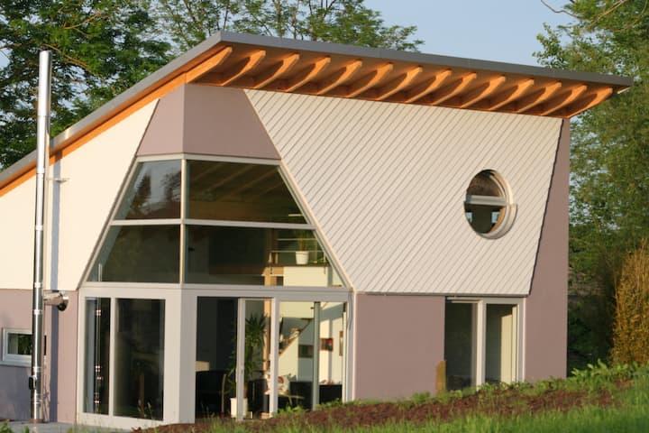 Luxuriöses Ferienhaus Feuer & Eis mit Sauna, Eifel