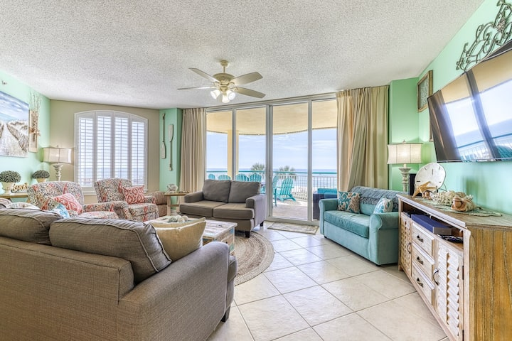 Gulf Front Condo w/ Tons Of Resort Amenities, Close To Entertainment