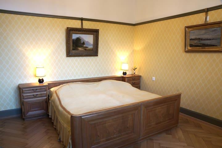 """BnB Villa """"Mon Repos"""" - im nostalgischen Stil"""