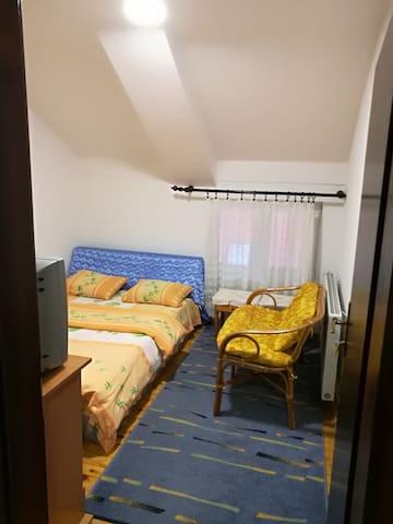 Vila Sofija Zlatibor-Double room 15 (shared bat.)