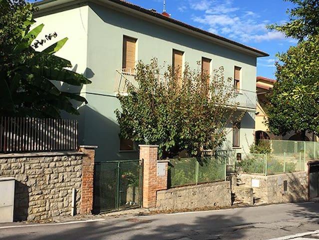 Il centro storico di Chiusi: vivi la vera Toscana! - Chiusi - Casa
