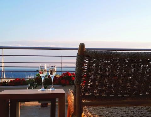 Penthouse con vista a la Riviera de Atenas