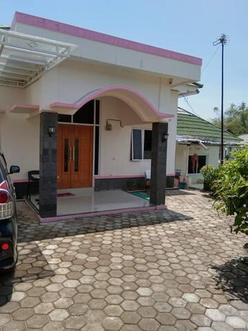 Villa Mentari Puncak